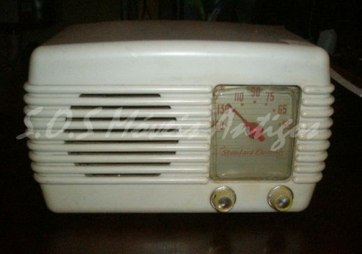 Rádio L:0,26 P:0,14 A:0,15