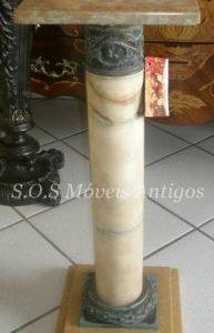 Coluna De Marmore L:0,24 P:0,24 A:0,66