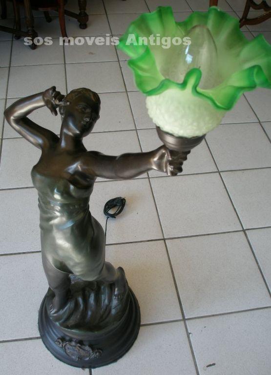Luminária em Petit bronze